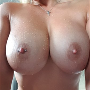 KingsBusty