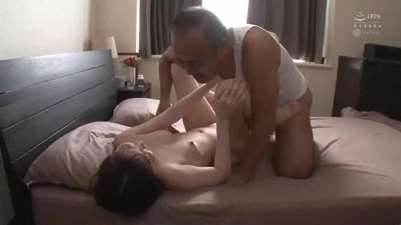 WAAA-020 My Father-in-law, Who I Don T Like, Is Making Out With Me At Night... Sakura Tsukino