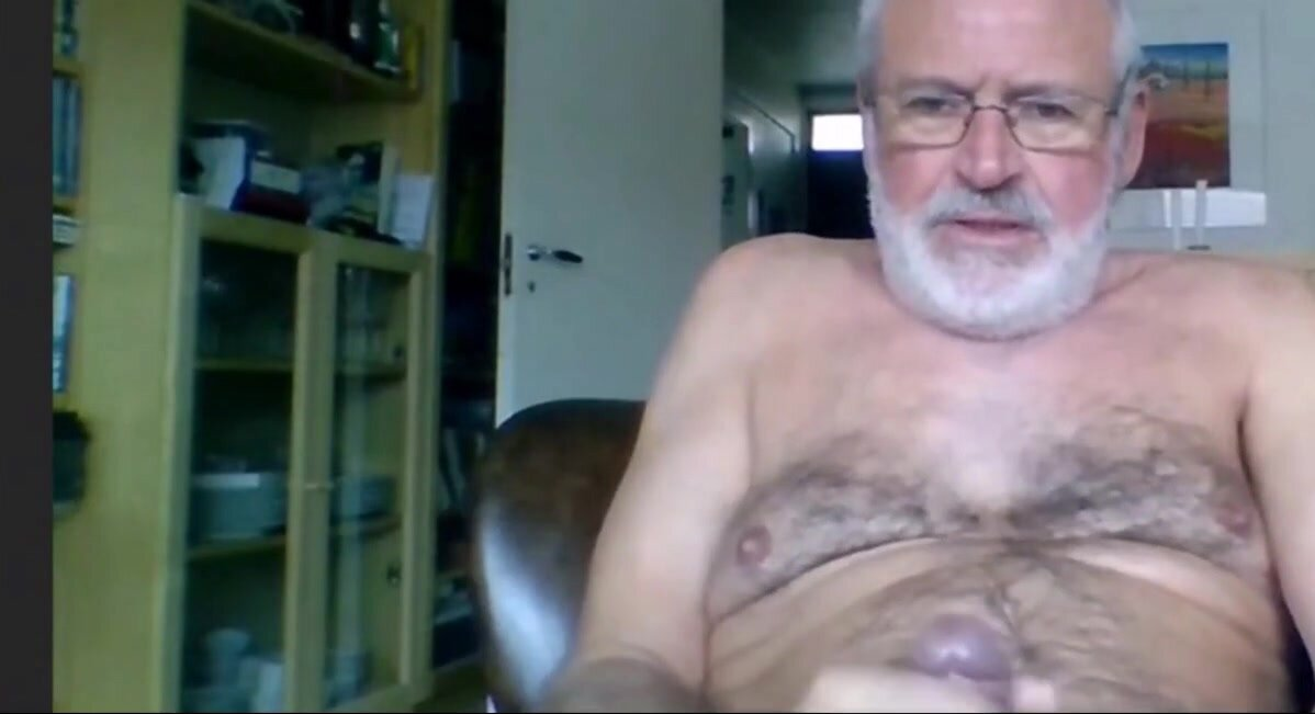 silver daddy lars jerking off 2