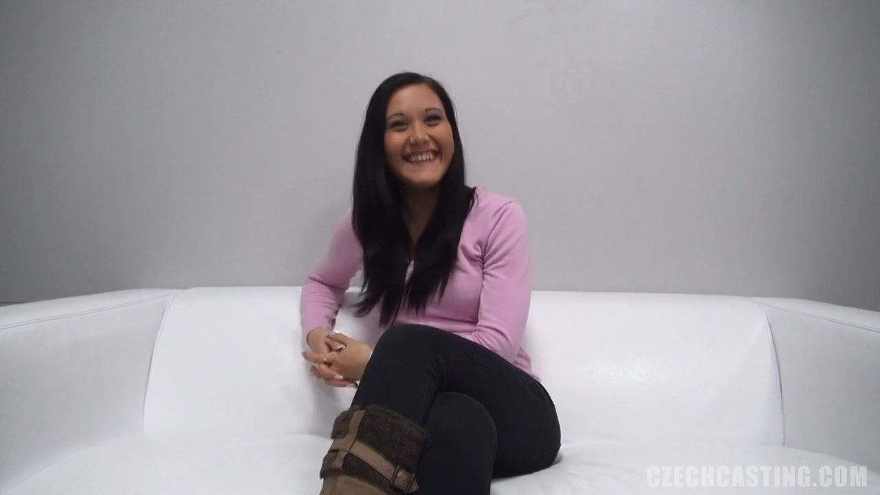 Alluring Amateur At The Casting - Lucie