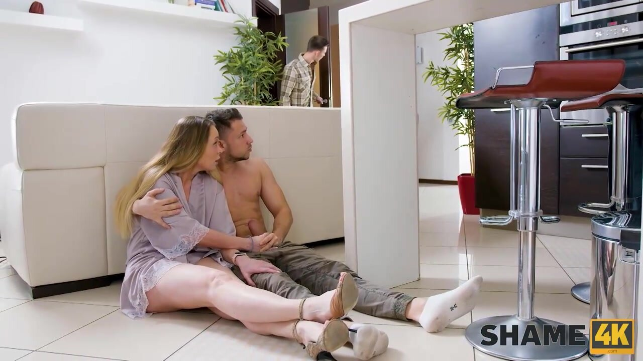 Mature blonde woman is eager to have casual sex with a younger guy, in his bedroom